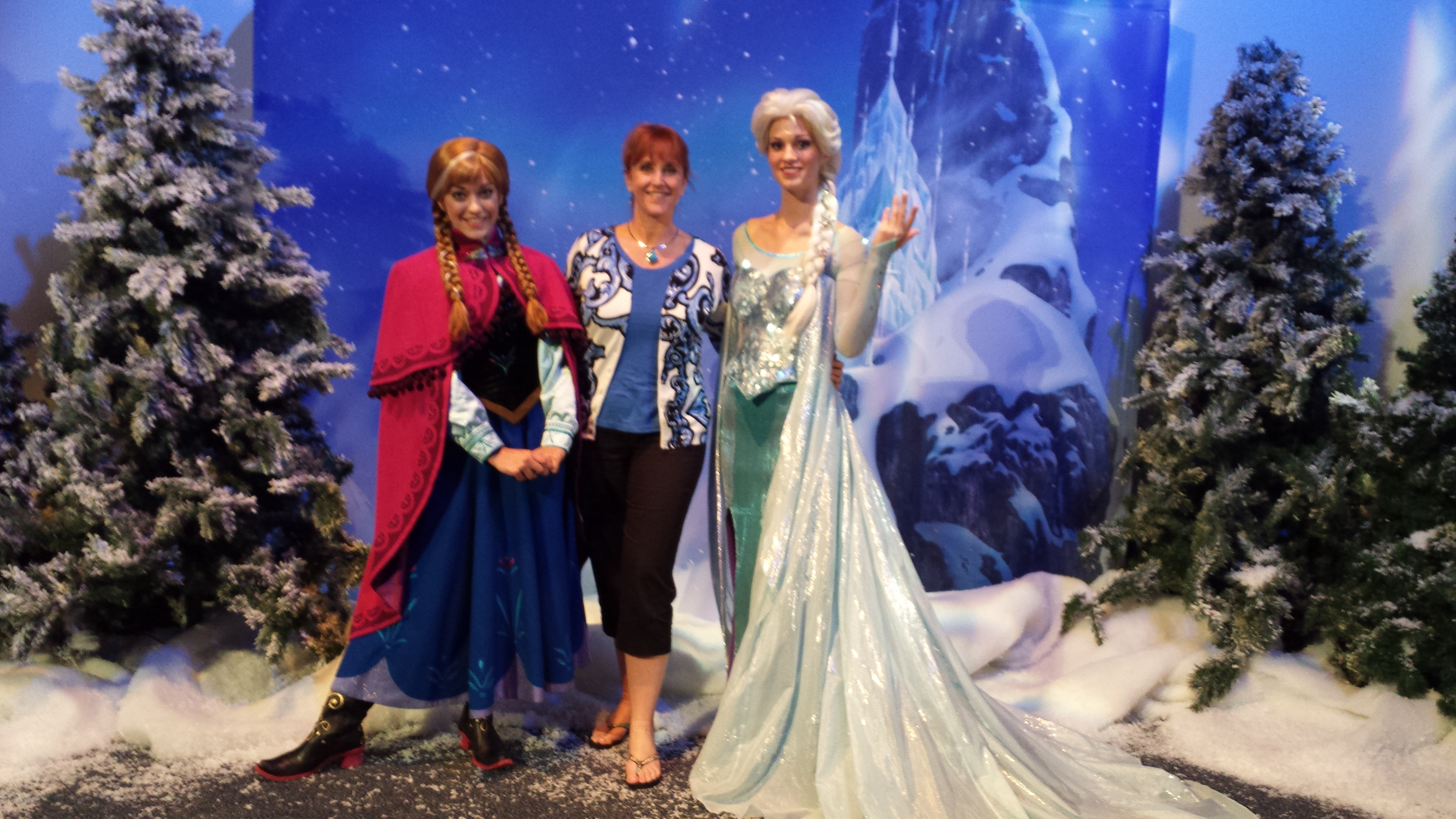 Michelle visits Anna and Elsa